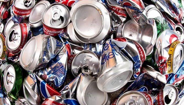 dreamstimexxl17724009 - aluminum cans
