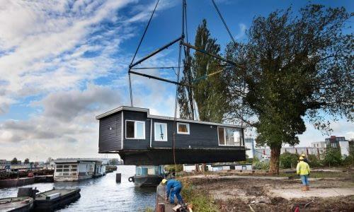 De Ceuvel houseboat installation